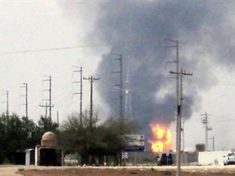 Se elevan a 27 los muertos por explosión en Pemex de Tamaulipas