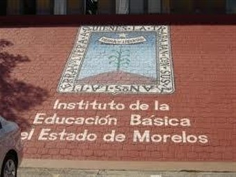 Toman maestros oficinas educativas en Morelos