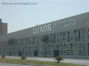 Cae globo aerostático a tierra en Luxor con saldo de 19 muertos