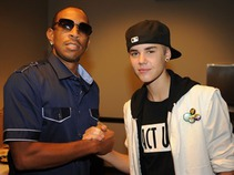 Estrena Justin Bieber video de 'All around the world' con Ludacris