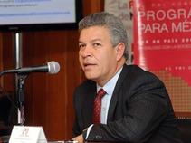 ¿Por qué tan rápido? La reforma energética. David Penchyna, presidente de la Comisión de Energía de la Cámara Alta