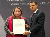 Entrega EPN Premio Nacional de Derechos Humanos 2013