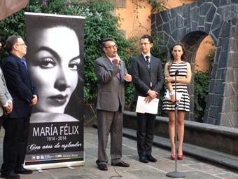 Recuerda el Metro a su 'dueña', María Félix