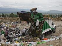 Cierran relleno sanitario en los Reyes La Paz