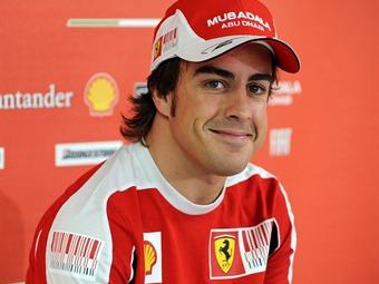 Alonso supera a Hamilton en ensayos libres de Mónaco