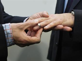 Ilegal y nulo, primer matrimonio gay en Guerrero