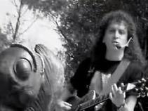 'Cuando canta el grillo', tema compuesto por Alex Lora