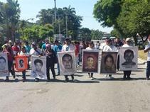 Llega a Morelos Caravana por Ayotzinapa