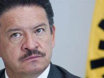 Es un sin sentido pedir la renuncia del CEN del PRD: Navarrete