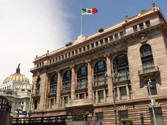 Registra caída de 801 mdd Reserva Internacional de México