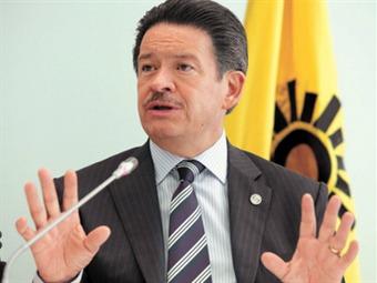 """Navarrete debe renunciar luego de """"catástrofe electoral"""