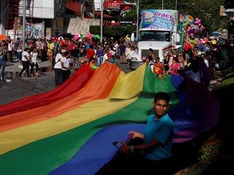Promueven el turismo gay friendly en Acapulco