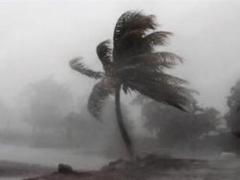 Patricia colapsó la costa de Michoacán