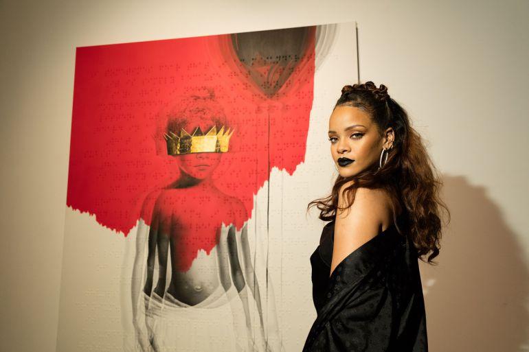 """Rihanna convierte su nuevo sencillo """"Work"""" en todo un éxito"""