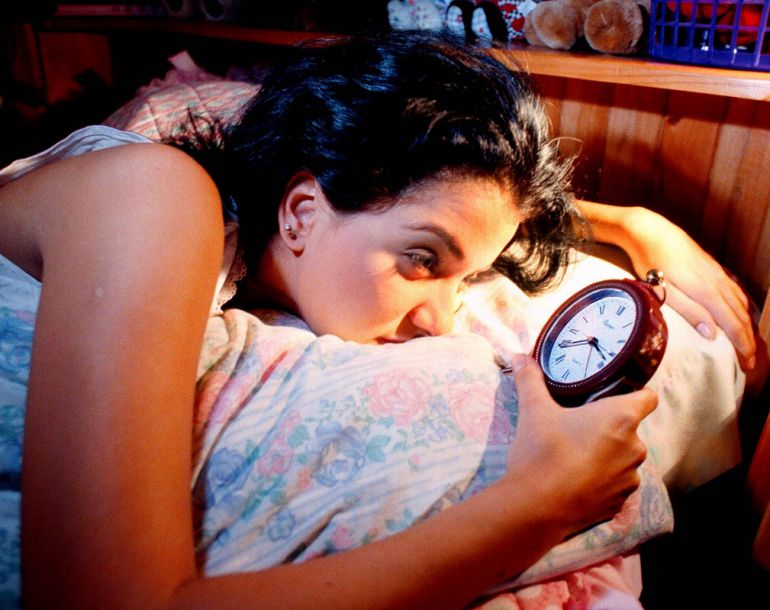 Científicos encuentran la relación entre las horas de sueño y el ánimo