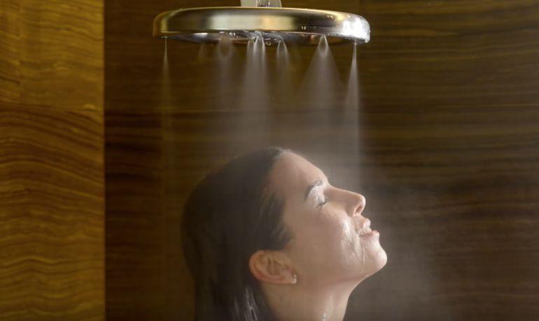 Ahorra un 70% de agua en la ducha