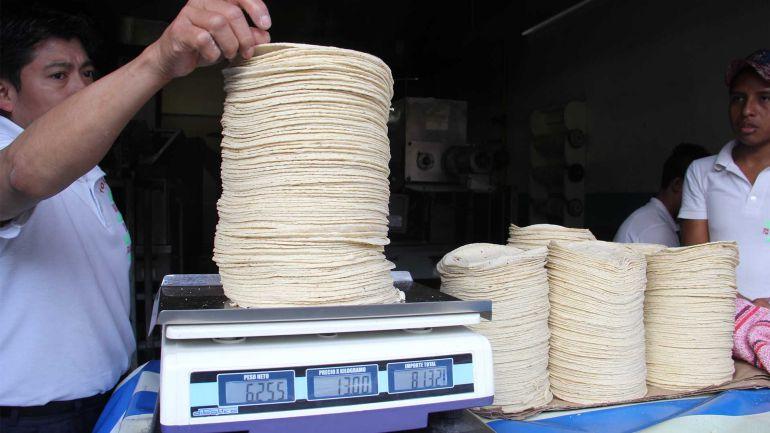 Pide Beltrones castigo a especuladores por alza en el precio de la tortilla