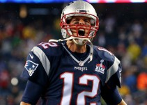 Renueva dos años Tom Brady con Nueva Inglaterra
