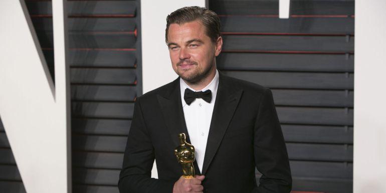Leonardo DiCaprio va a celebrar que gana el Oscar y...lo olvida