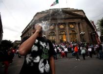 Legalizar uso abierto de marihuana disparará en 30% su consumo: Mondragón y Kalb
