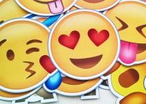 Encuentran una nueva estafa en mensajes de WhatsApp con emojis