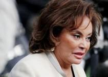 Elba Esther asiste al funeral de su hija Mónica Arriola