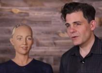 Robot sorprende con sus declaraciones