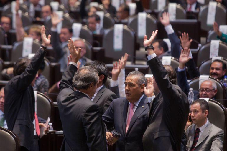 Diputados se pronuncian por ampliación del #HoyNoCircula