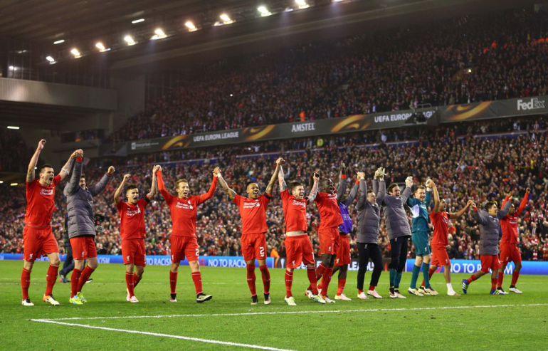 Liverpool avanzó a semifinales de Europa League de manera dramática