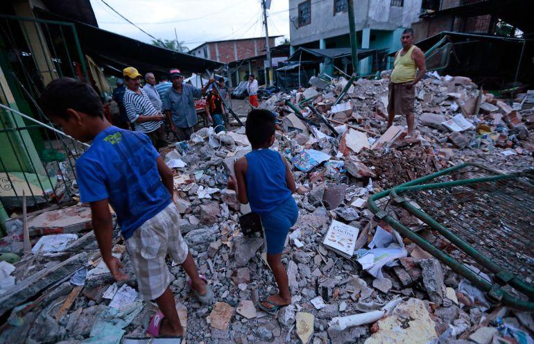 Se guardará un minuto de silencio por víctimas de terremoto en Ecuador