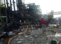 Suman 28 muertos por explosión en Pajaritos, informa Pemex