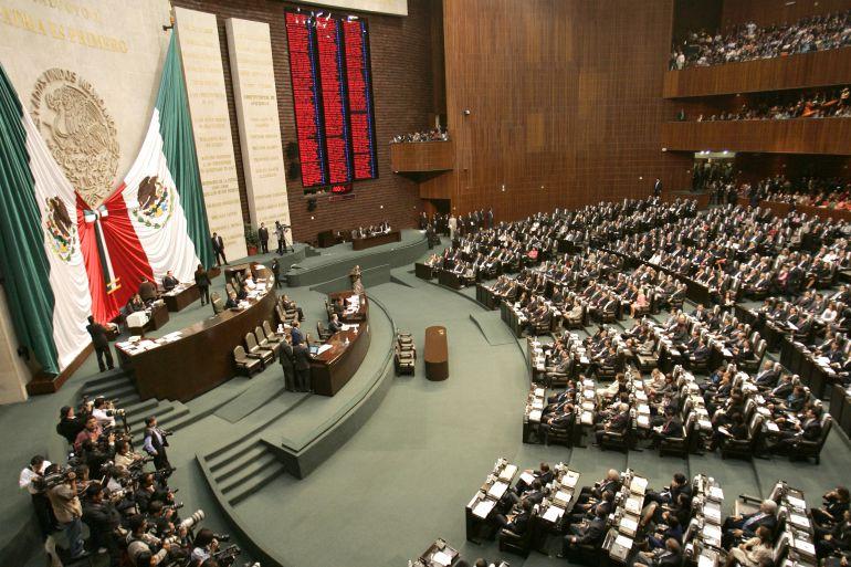 Diputados endurecen sanciones a quienes generan violencia en estadios de fútbol