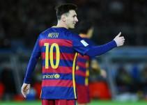 Ni un robot gigante es obstáculo para que Lionel Messi marque goles