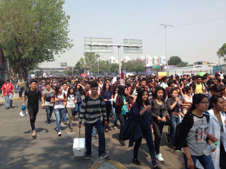 Estudiantes del IPN proponen diálogo con Nuño para el viernes