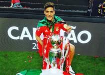 Raúl Jiménez es campeón de Liga en su primera temporada con el Benfica