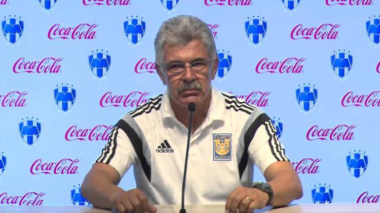 "Ricardo ""Tuca"" Ferretti explota con un reportero tras eliminación de Tigres"