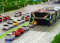 China presenta el autobús que promete acabar con los problemas de tránsito