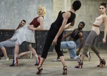 Bailarines de ballet dan vida a los icónicos tacones Louboutin