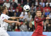 Portugal no pasa del empate ante Islandia en su debut en la Eurocopa
