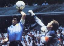 """Hoy se cumplen tres décadas de """"la mano de Dios"""" en el Estadio Azteca"""