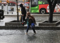 Mantienen vigente operativo tormenta se espera continúen lluvias en CDMX
