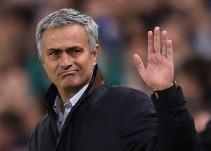 José Mourinho se niega a firmar playera de su ex equipo a un aficionado