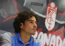 """Memo Ochoa: """"Estoy muy feliz por haber venido al Granada"""""""