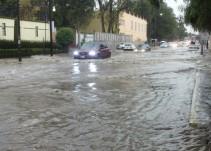 Continúan trabajos de limpieza en Tultitlan por inundaciones