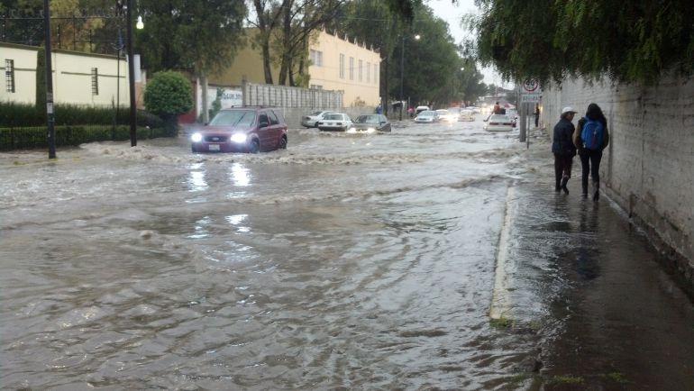 Ejército ingresa a Tultitlán por fuertes lluvias