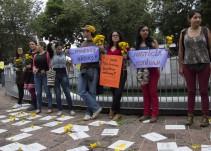 Reclama comunidad colombiana por estigmatizar a sus connacionales