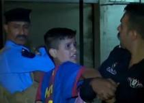 Niño iraquí es detenido por esconder explosivos bajo una playera de Messi