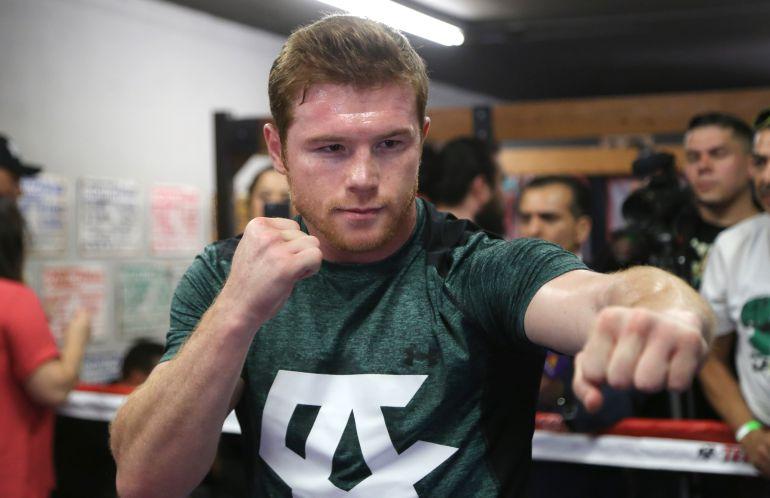 Canelo Álvarez reta a peleador de la UFC a subirse al ring