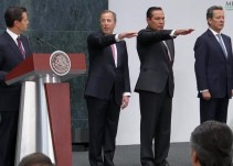 Luis Videgaray sale del Gabinete; lo releva José Antonio Meade en Hacienda