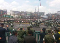 Así se vivió el tradicional desfile militar en el Zócalo